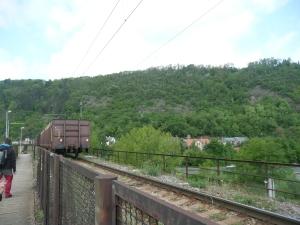 Vlak na Branickém železničním mostě