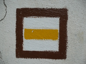 Žlutá turistická značka